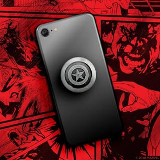 Quel sera votre déguisement d'Halloween ce soir ?🧟♀️🎃⭐⠀⠀⠀⠀⠀⠀⠀⠀⠀ • ⠀⠀⠀⠀⠀⠀⠀⠀⠀ #halloween #avengers #captainamerica #popsockets #instagood #picoftheday #tech #technology #smartphone
